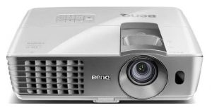 BenQ W1070 Projector For Home Theater Of 1080 Pixels